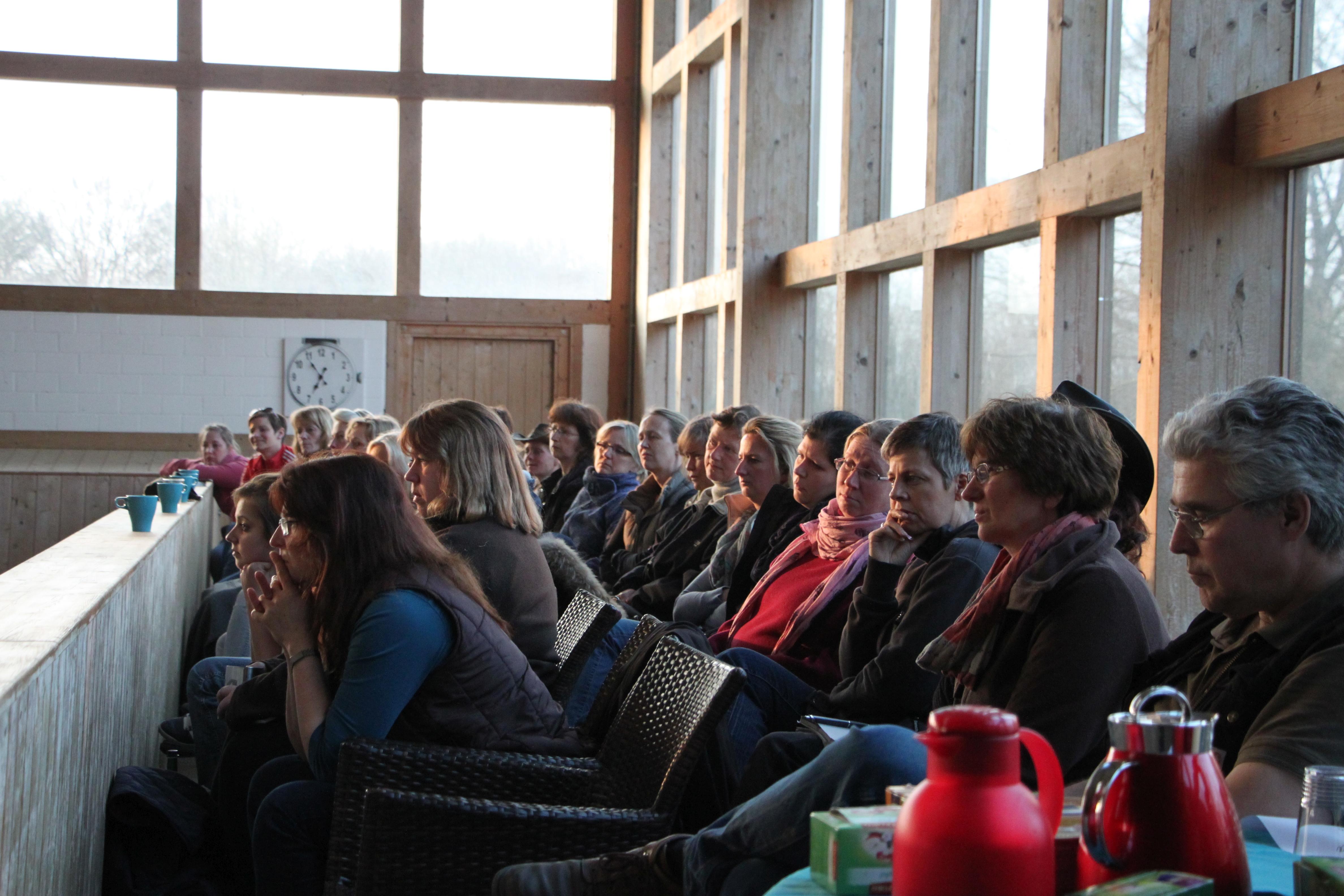 Zuschauer auf der Galerie
